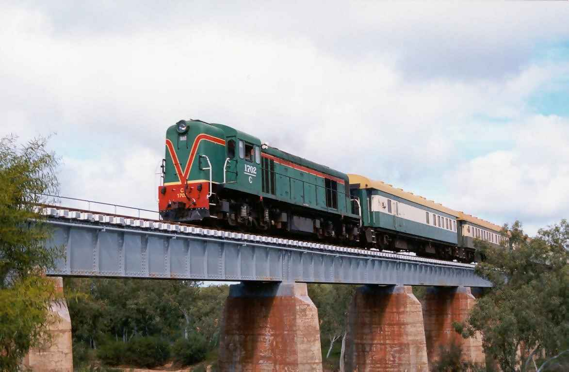 C1702 at Eradu on the Geraldton-Mullewa line