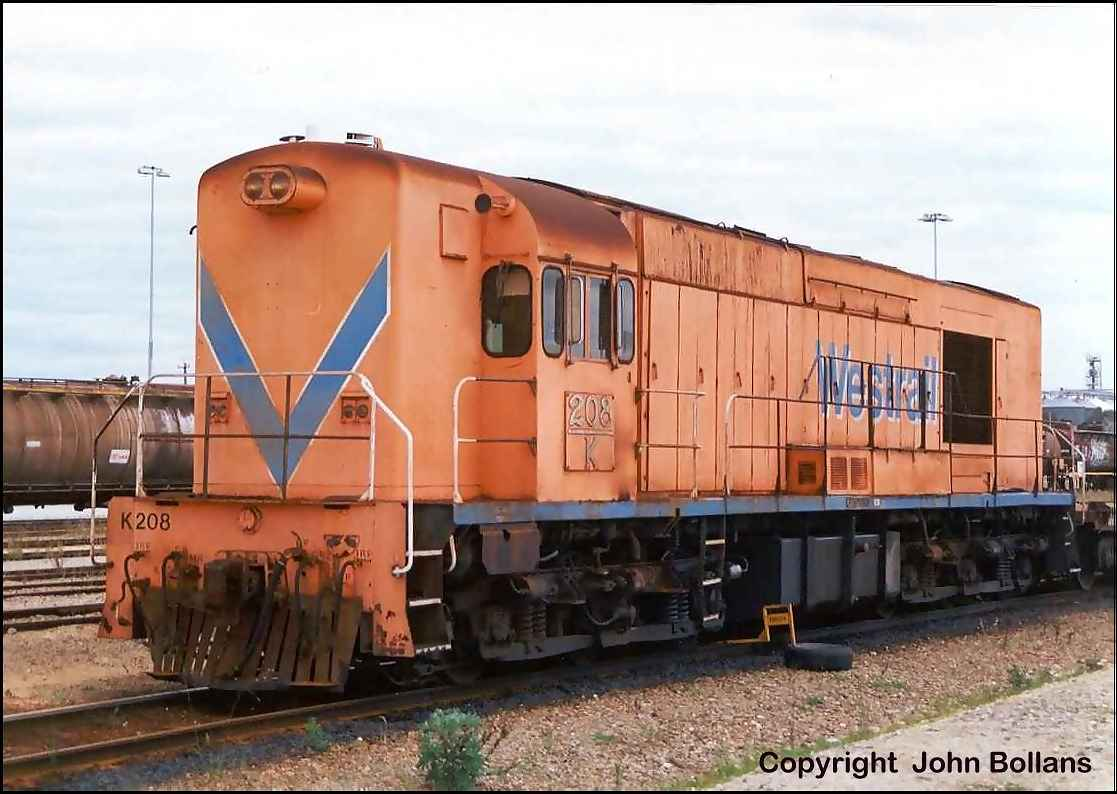 K208 is owned by SCT and is used to shunt the facility at Forrestfield