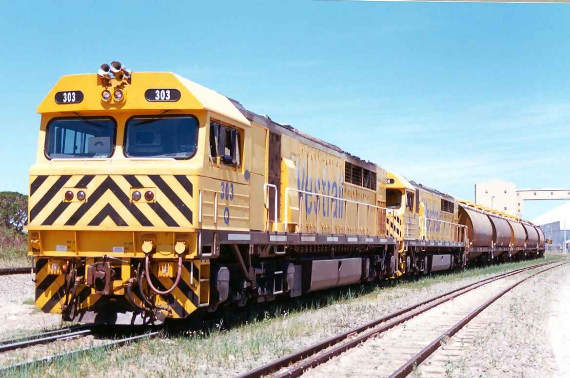 Q303 and Q304 at Kwinanna Grain Terminal 23/10/00