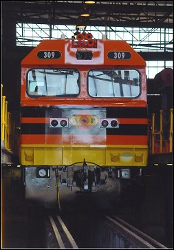 Q309 at EDI Forrestfield on 17 August 2002